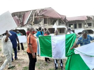 Nigerians In Ghana Demostrate