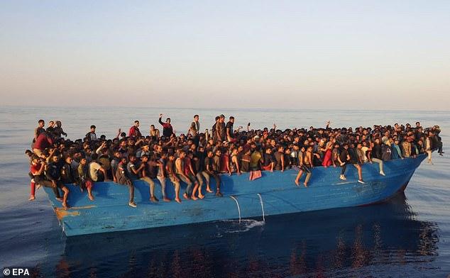 www.nigerianeyenewspaper.com-over-500-migrants-rescued-on-a-drifting-boat-from-Libya