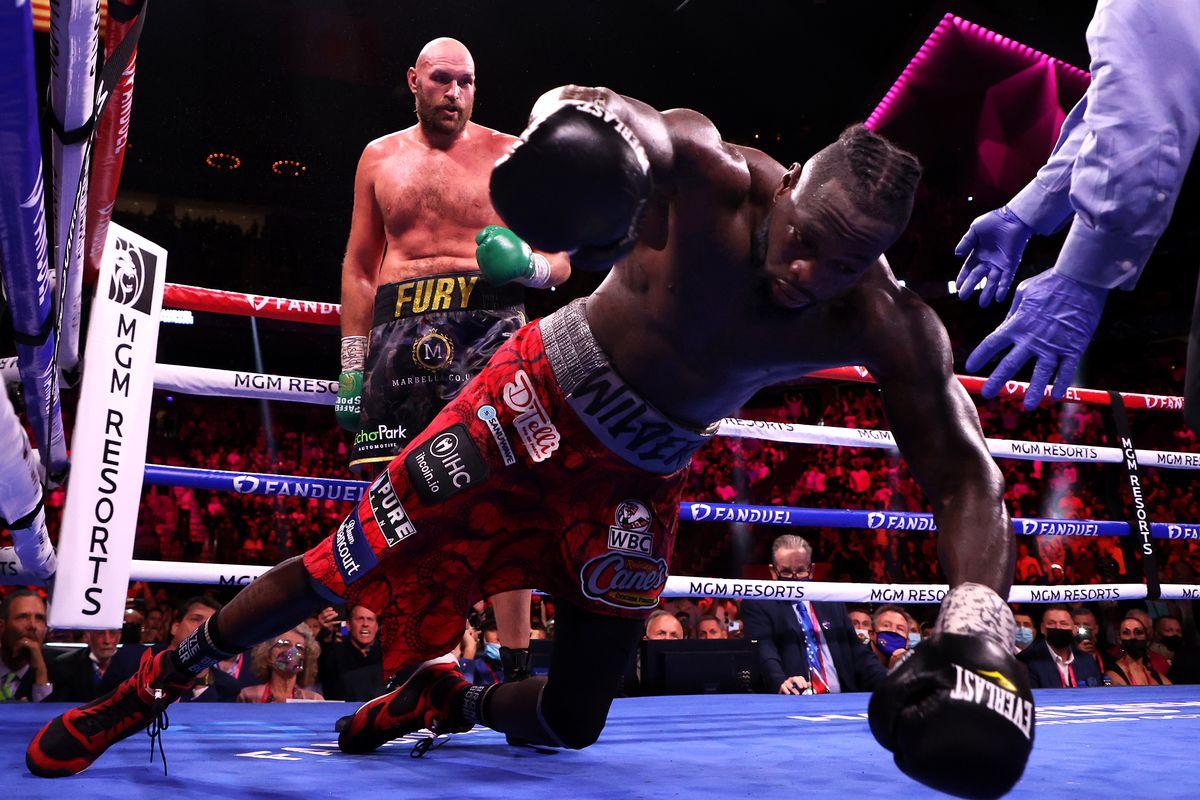 www.nigerianeyenewspaper.com-Tyson-Fury-defeats-Deontay-Wilder